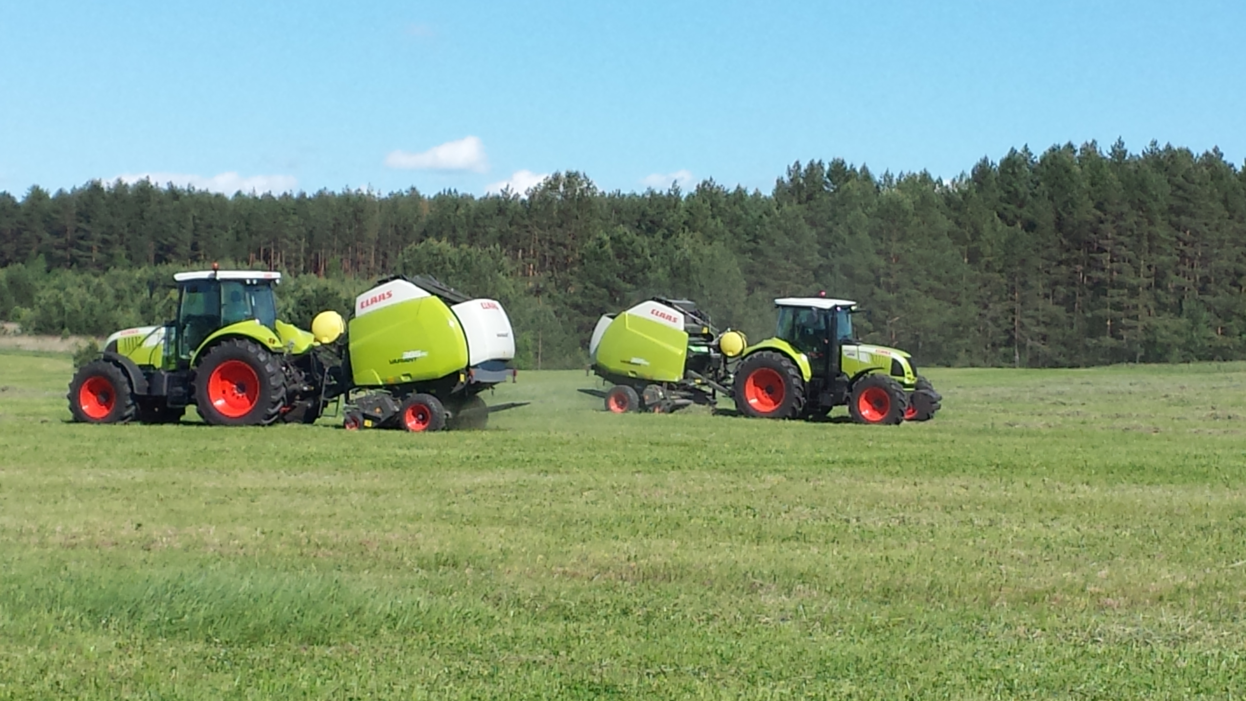 Claas round balers operating