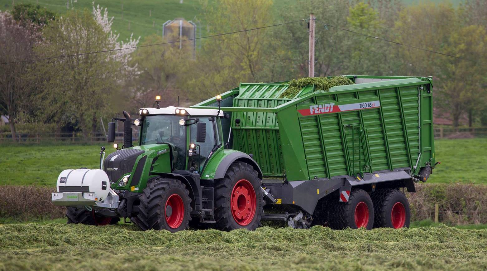 Fendt Front Linkage Applicators for balers and forage wagons